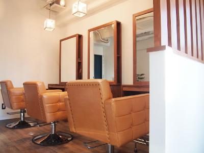 Pivot HAIR DESIGN1