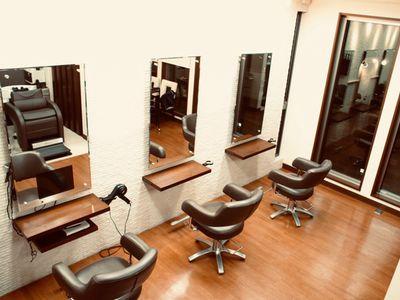 Loren hair salon3