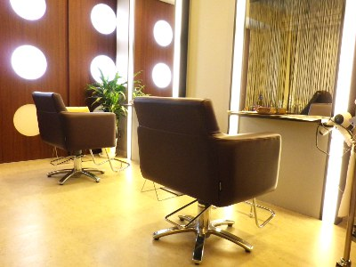 hair salon VARU1