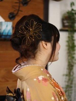 初めて見た髪飾り・着付け