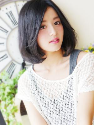 黒髪☆清楚な大人女子ミディ