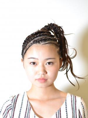 編み込み ブラックヘア