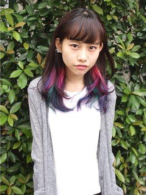 インナーカラー レインボーカラー ピンク、青、紫、ミドリ