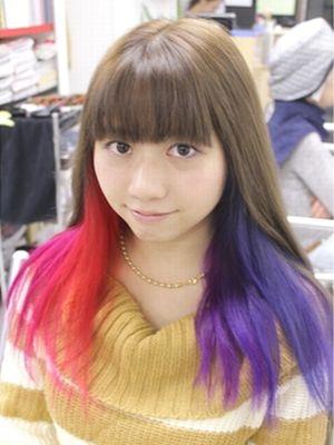 インナーカラー青、青紫、紫、赤紫、ピンク、赤の複数ヘアカラー