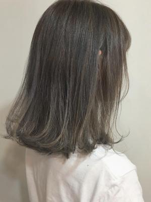 暗髪×グラデーションカラー