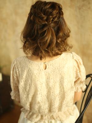 あんにゅい~ルーズまとめ髪☆極太裏編み込み