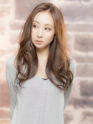 【ashuley】シンプルカット+フェミニンパーマスタイル☆