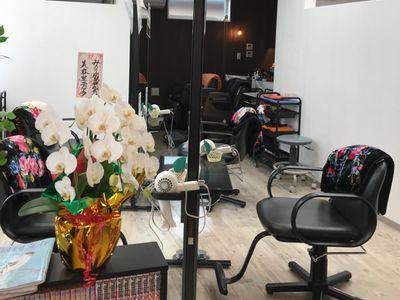 美容室ティアラ1
