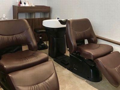 Beauty salon you3