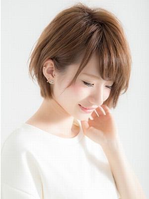 外ハネ無造作カール☆小顔ショート