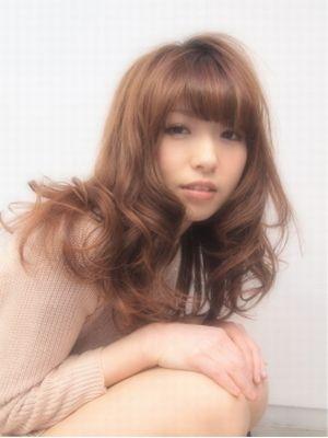 【Roji】人目を引く人気ヘア★脱力カール