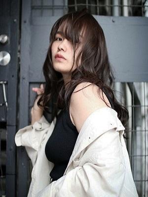【Roji】暗髪セミロング