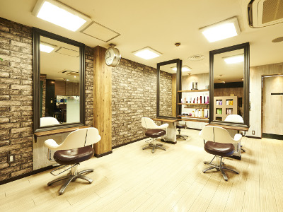 hair salon Regina1