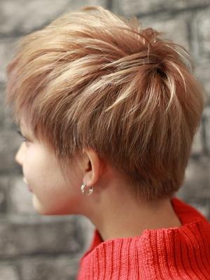 hair salon Regina23
