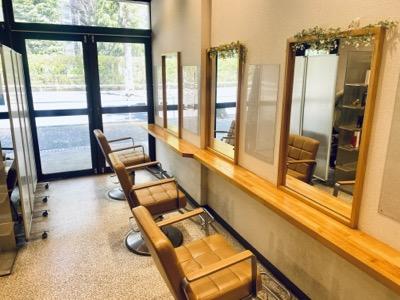 パリー美容院1