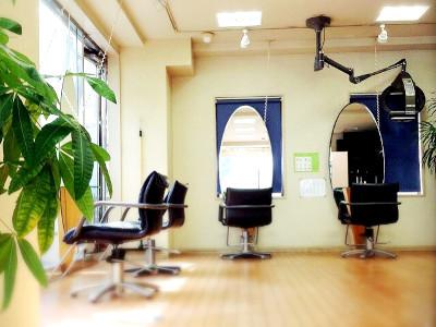 美容室オーバルイワマ1