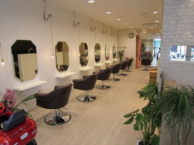 unpeu hair 六地蔵店1