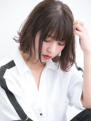 【Euphoria】小顔シルエット☆前下がりボブ