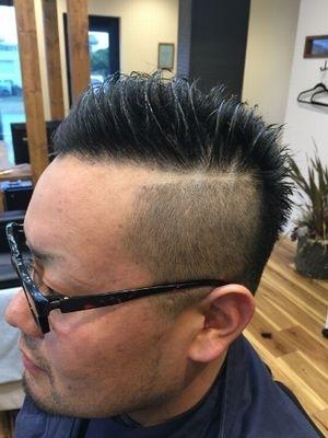 ツーブロショートヘア