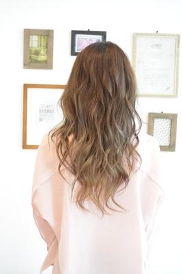 今日の彼女の髪は魔法的