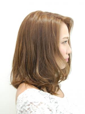 美髪セミディ