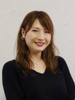 タニノ エミリ