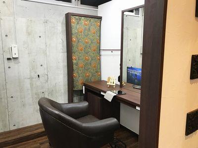 個室型美容室GULGUL 表参道店1