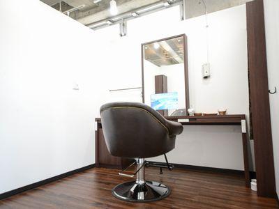 個室型美容室GULGUL Libera 本八幡店1