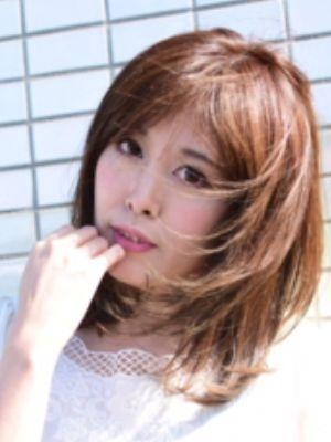 【イルミナカラー】オトナ女子×ミディアム★★★