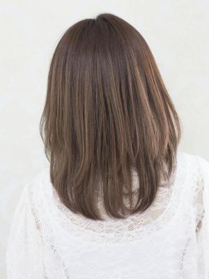 ダメージ軽減!髪質改善酸性ストレートパーマで自然なツヤ髪に