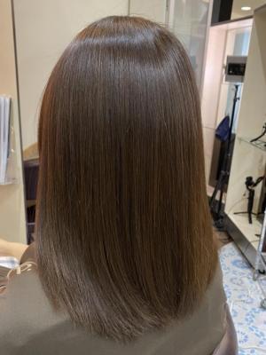 潤いのある洗練された艶髪