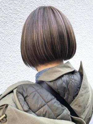 白髪ぼかしブリーチ→ハイライトでオンカラー