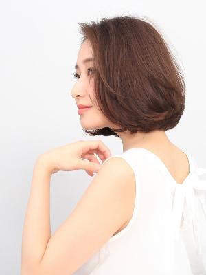 GINZA PEEK-A-BOO 中央通り カットモデル写真
