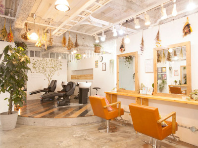 hair living Liko 池袋西口店1