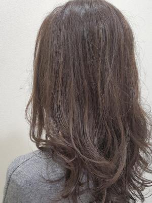 白髪があっても思いどうりのカラーに!ハイライトグレー