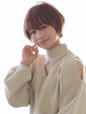 【小顔カット】×ミルクティーベージュ