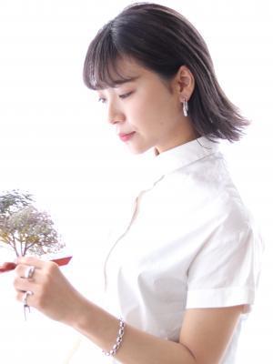 ラベンダーアッシュ×耳かけ切りっぱなしボブ☆星野☆