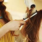 【髪のうねり軽減♪】ボリュームも抑えるコントロールカラー+カット