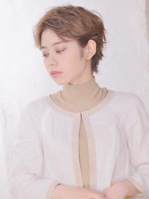 【COLO】小顔透明感ミ二ショート