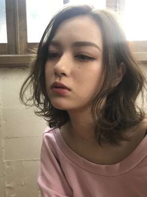 【float 東大阪小阪 本店】ウェーブ透け感カラー