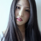 【艶にこだわった美艶カラー】カット+プラチナカラー+艶育ecruケア