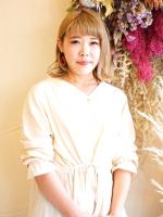 小野 綾子