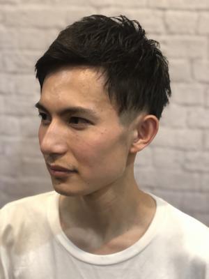 【短髪】黒髪 アップバング 刈り上げ ツーブロック