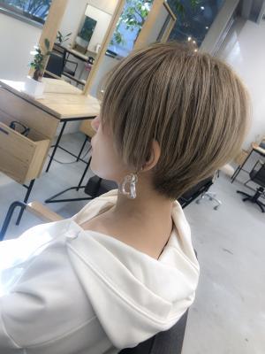 ボーイッシュショートヘア