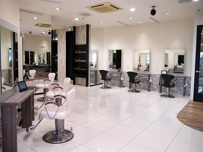 HAIR&MAKE EARTH 稲毛店1