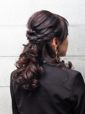 巻き髪ハーフアップ