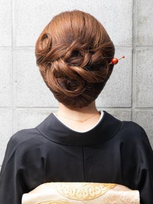 低めで清楚に和髪スタイル