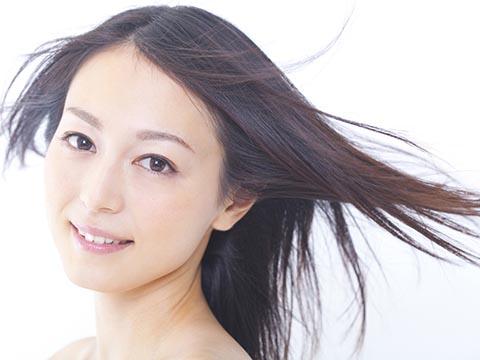 自宅で簡単にできる!くせ毛を治す方法