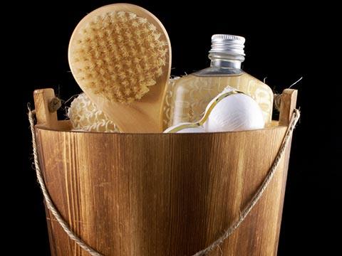 頭皮をちゃんと洗うために…シャンプーブラシの活用法