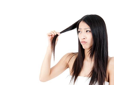 女性の抜け毛と育毛剤選びのポイント